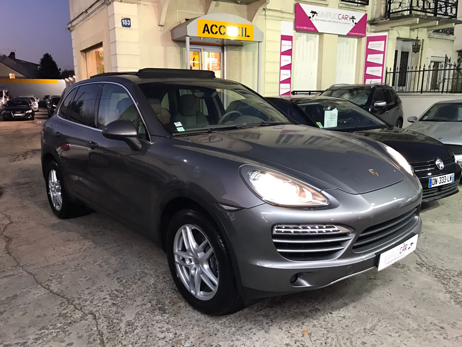 voiture porsche cayenne 3 0d v6 tiptronic s a occasion diesel 2011 27000 km 43990. Black Bedroom Furniture Sets. Home Design Ideas